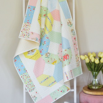 Bunnies & Cream Crib/Cot Quilt